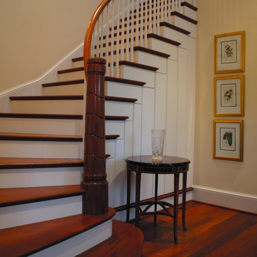 Stair Balusters Installation   Wood Stairs   Milwaukee, Wisconsin